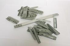 Металлические уголки для гибкой рамки