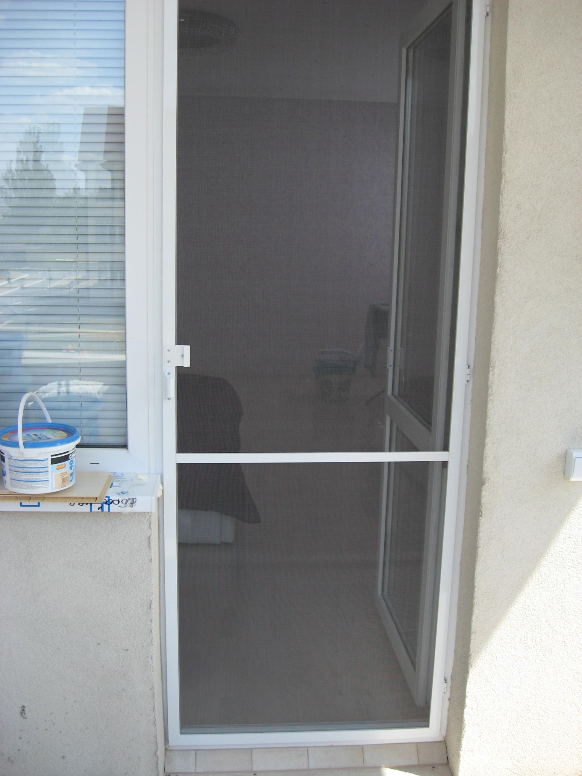 Москитные сетки на двери своими руками