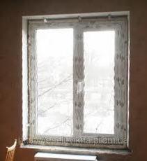 Окно двухстворчатое с глухой и поворотно-откидной створками
