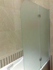 Двери-шторки для ванной и душа