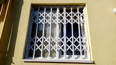 Раздвижные решетки на окна и двери в г.Черновцы.
