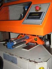 Продам зачистной станок Titiz 2006 года